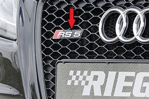 Audi RS5-Logo | A5 (B8/B81): 06.07-07.11 (tot Facelift) - Coupé, Cabrio, Sportback  A5 S5 (B8/B81): 06.07-07.11 (tot Facelift) - Coupé, Cabrio, Sportback  RS5 (B8): 03.10-12.11 (tot Facelift) - Coupe, Cabrio | stuk abs | Rieger Tuning