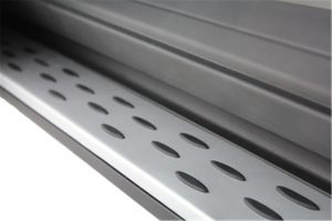 Rubber noppen op running boards Mercedes ML W166