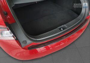 tesla model S achterbumper beschermlijst carbon met rvs