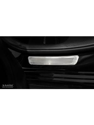 Instaplijsten | Mercedes-Benz | C-klasse 14-18 4d sed. W205 / C-klasse 18- 4d sed. W205 | voor de achterportieren | Lines | 2-delig | RVS rvs zilver