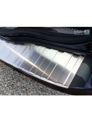 voorbeeld foto Avisa rvs achterbumperbeschermer Ford Mondeo MK5 Turnier